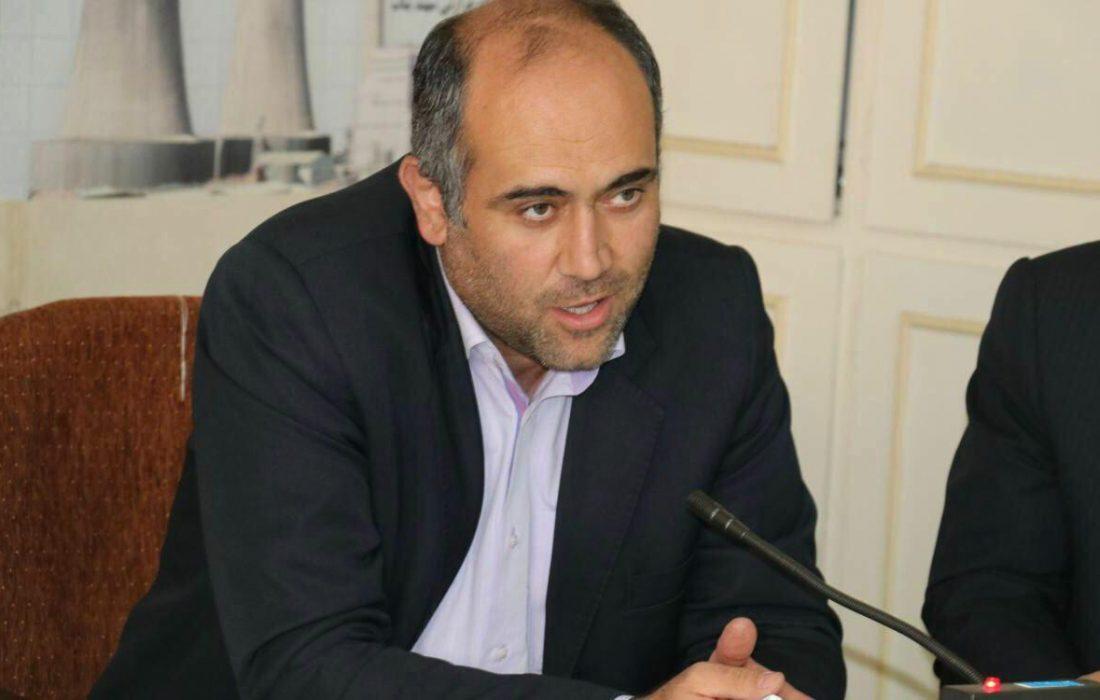 شبکه های مخابراتی شهرکهای صنعتی استان به فنآوری فیبر نوری مجهز میشوند
