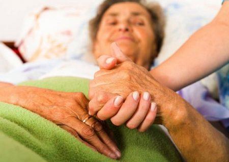 مهم ترین علائم آلزایمر/حافظه بیمار از دست می رود