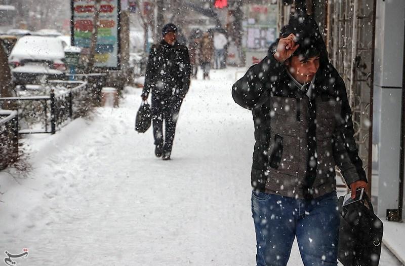 دمای هوای برخی نواحی آذربایجان شرقی به زیر صفر درجه کاهش مییابد