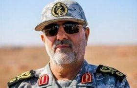 بازدید فرمانده نیروی زمینی سپاه از نوار مرزی ارس