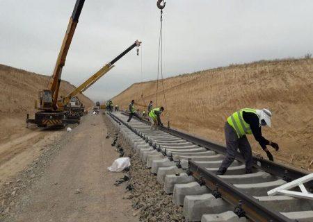 طرح راهآهن اردبیل- میانه در موعد مقرر آماده بهرهبرداری میشود