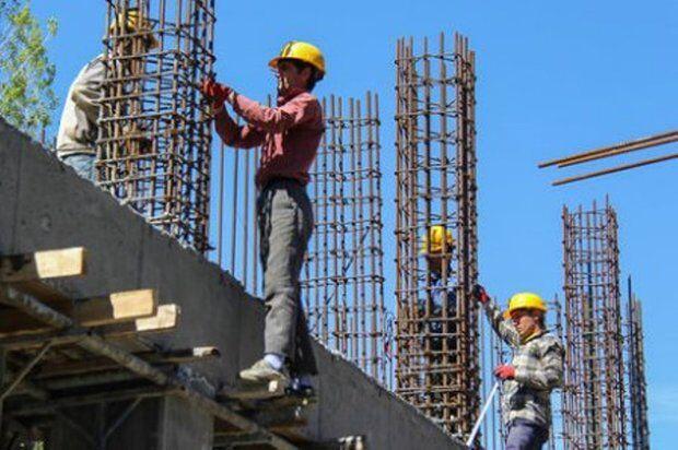 کارگران ساختمانی در تنگنای بیکاری و کرونا