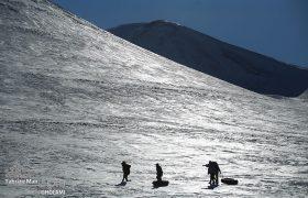 یک روز جمعه در پیست اسکی تبریز