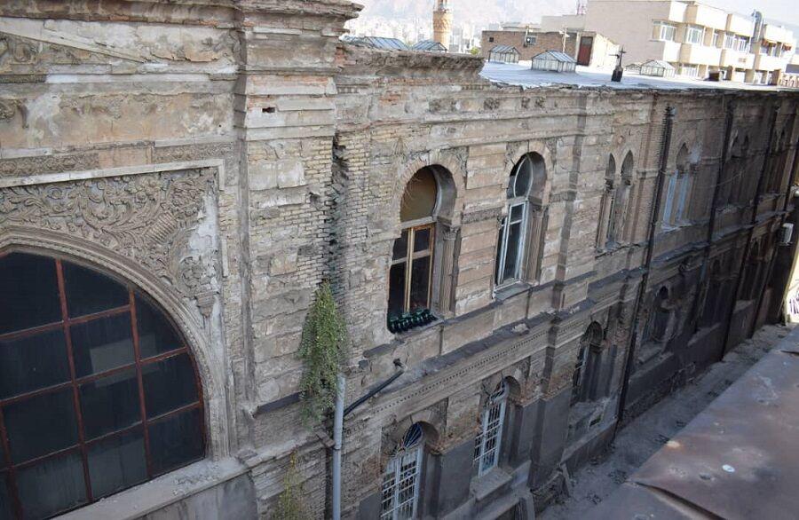 دالان بانک ملی بازار جهانی تبریز جدارهسازی میشود