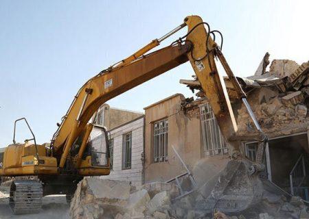 بازسازی واحدهای آسیب دیده از زلزله قطور تاپایان دولت به اتمام می رسد