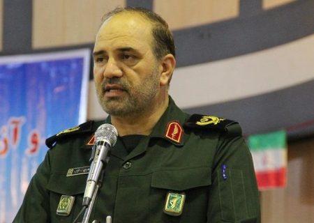 بدون توجه به مبانی دینی نمی توان انقلاب اسلامی را تحلیل کرد/مردم زینت المجالس نیستند