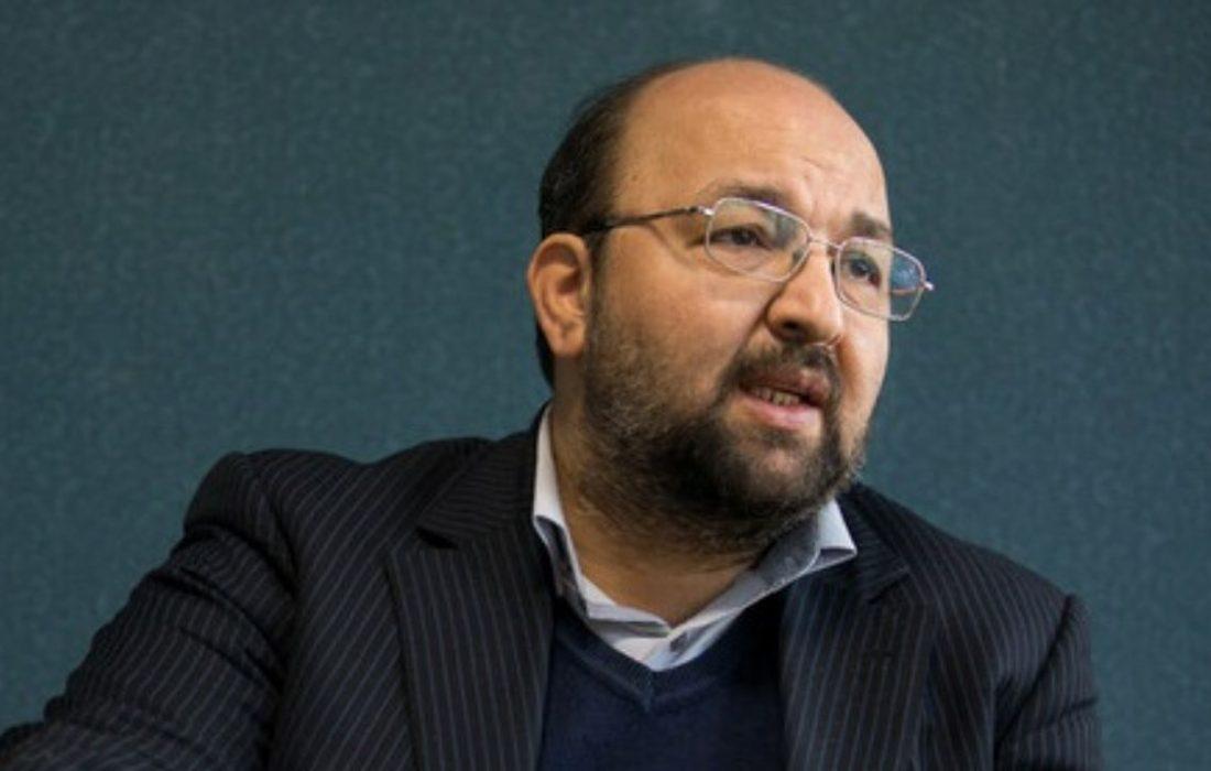 جواد امام: فعالیت انتخاباتی نظامیها قانونی نیست