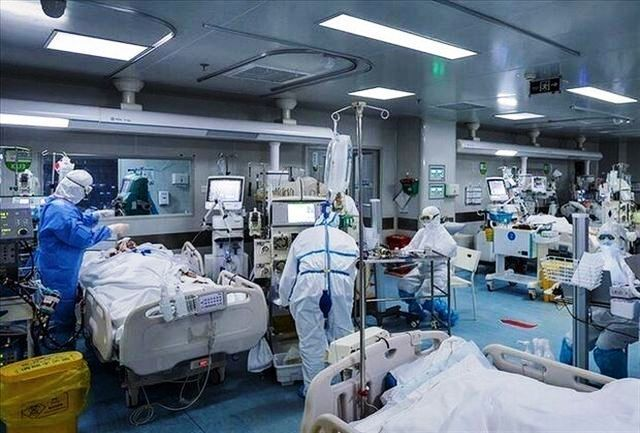 روزانه ۲۰ تا ۲۲ نفر بر اثر کرونا در آذربایجانشرقی فوت میکنند