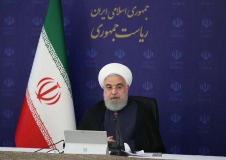 روحانی: به ارتش و سپاه افتخار میکنیم