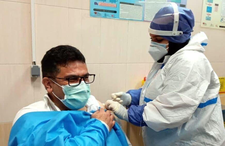 واکسیناسیون کادر درمان آذربایجانشرقی علیه کرونا رو به پایان است