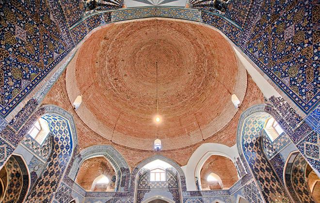 مسجد کبود تبریز، گنبدی از جنس آرامش