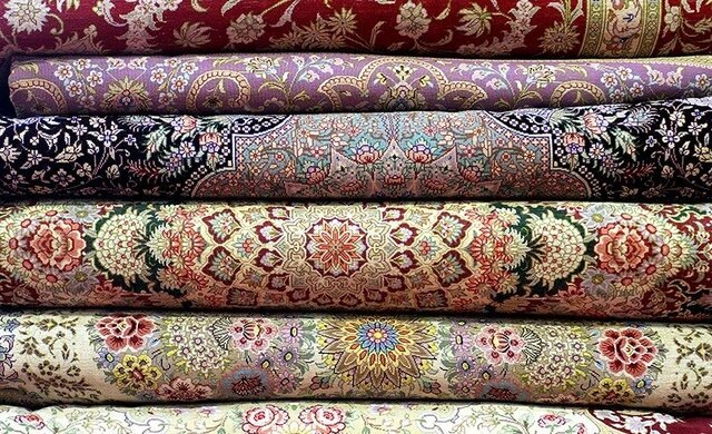 برپایی نمایشگاه تولیدات فرش دستباف مددجویان آذربایجان شرقی