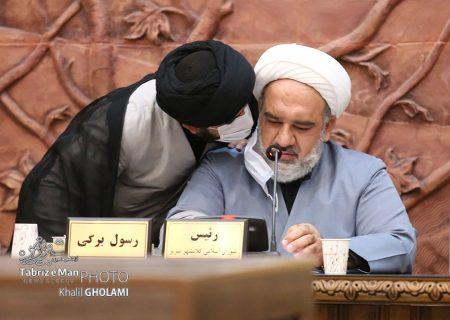 همزمان با جلسه انتخاب شهردار تبریز | درگوشی های جالب اعضای شورای شهر تبریز