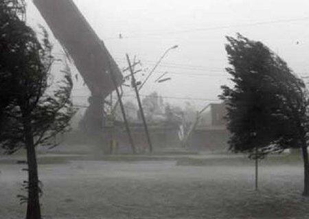باد شدید آذربایجانشرقی را در مینوردد