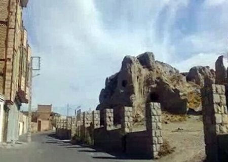 ساخت و سازهای غیرمجاز در مجاورت اماکن تاریخی مرند ممنوع است