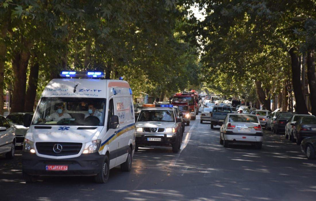 رژه خودروهای آتشنشانی در خیابانهای مراغه